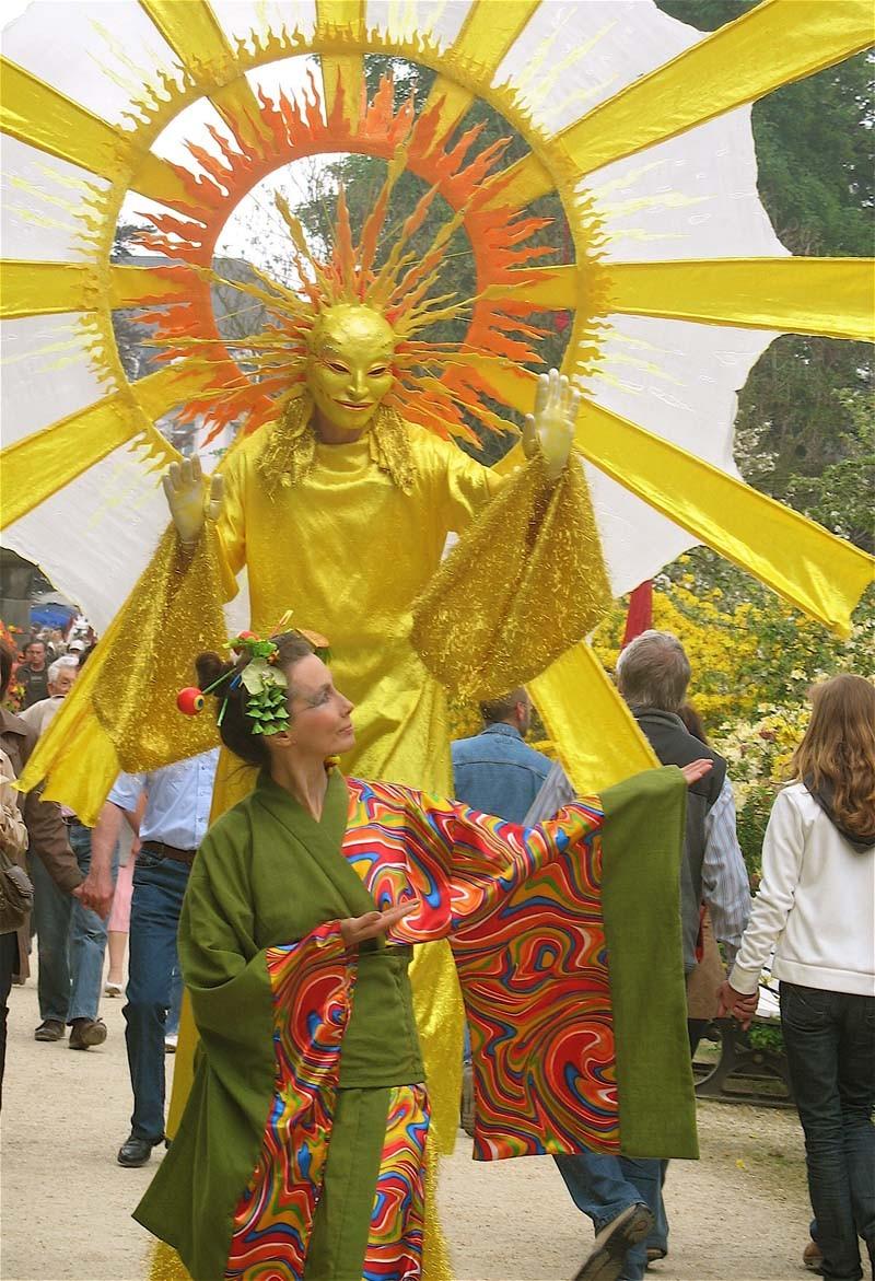 Clowngeisha Pantao und Sonne Stelzenlauf in Bad Pyrmont.