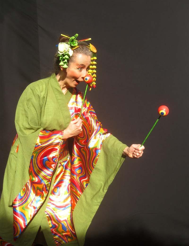 Clownfrau, interaktiv, Publikumsanimation, Clown-Geisha.