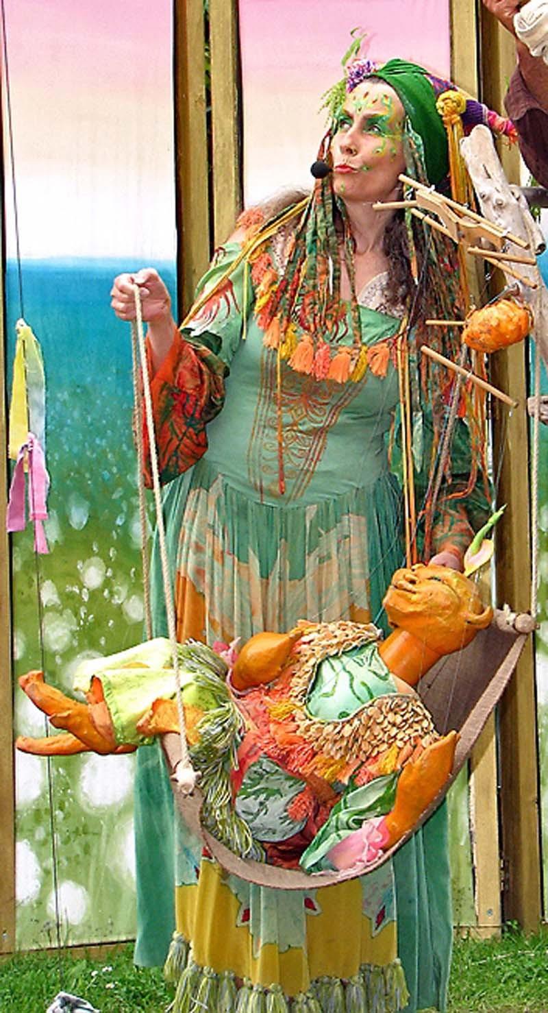 Kürbisfrau und Lauscher Pantao