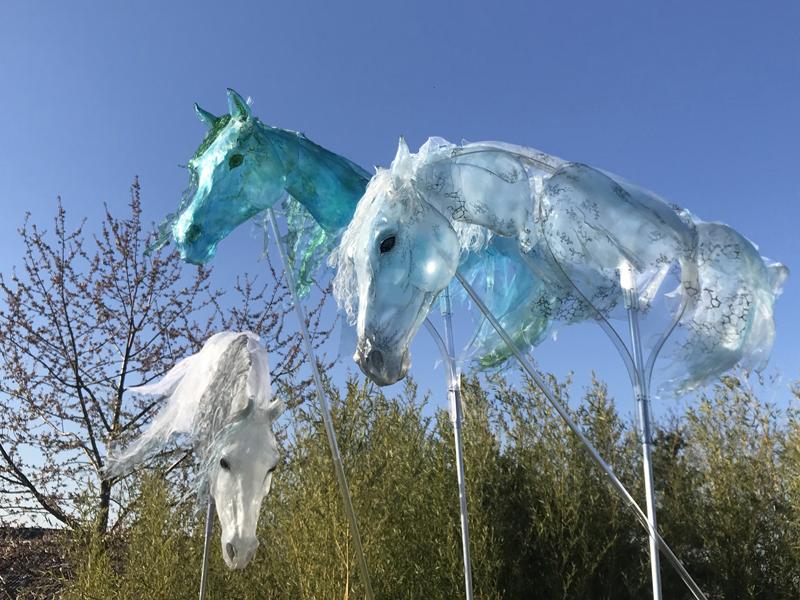 Luftwesen, Luftanimation, Pferde Animation, Pferde walking act, Pferdeshow, Horseshow, Horse Walkact, Giant puppet, Großfigur, Spectacle de chevaux