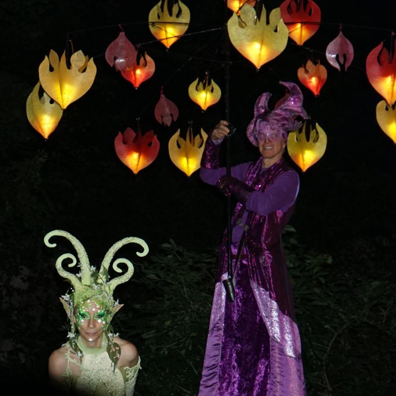 Traumlichtträger Pantao, Waldelfe Sommernacht am Kaiserdom Königslutter