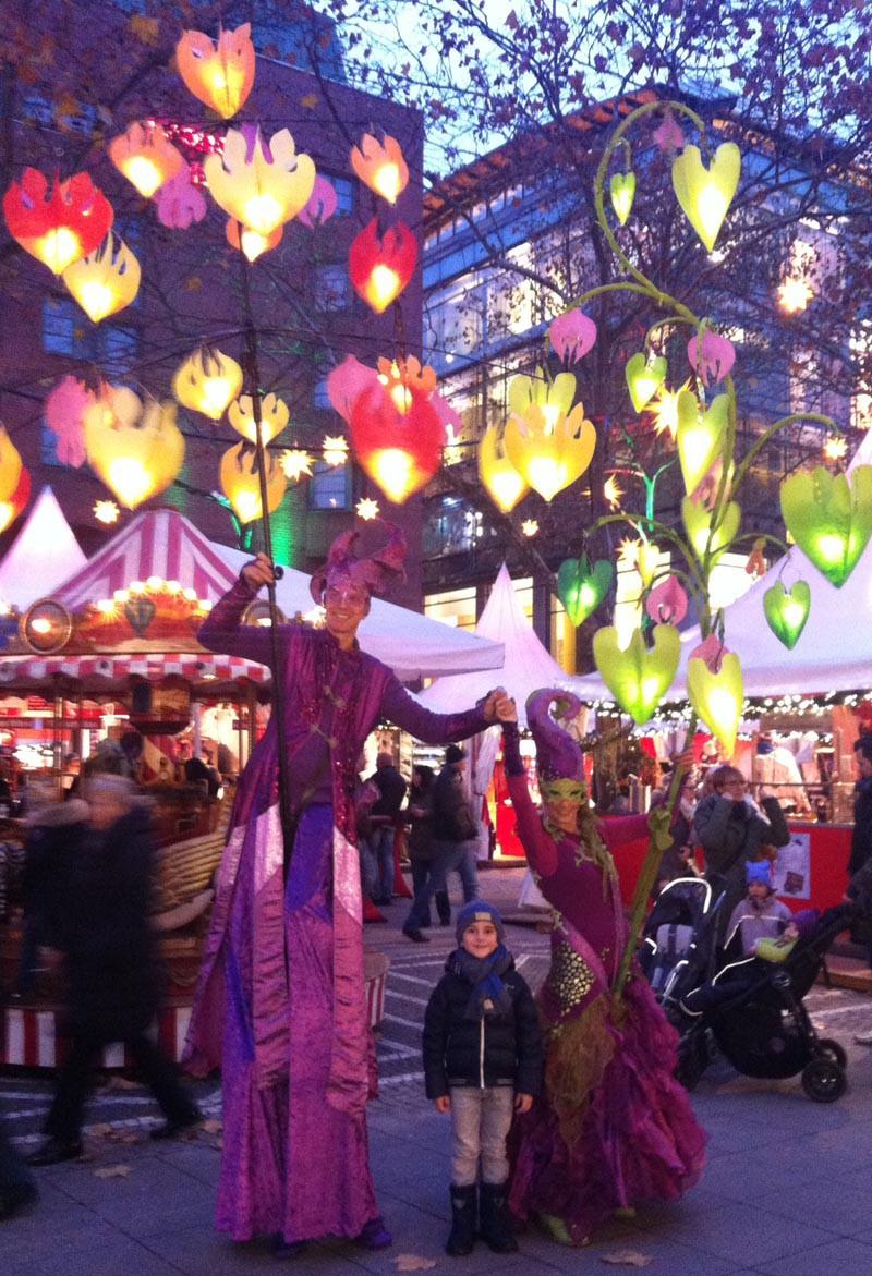Waldlichträgerin pantao, Weihnachtsmarkt Kapuzinerplanken Mannheim