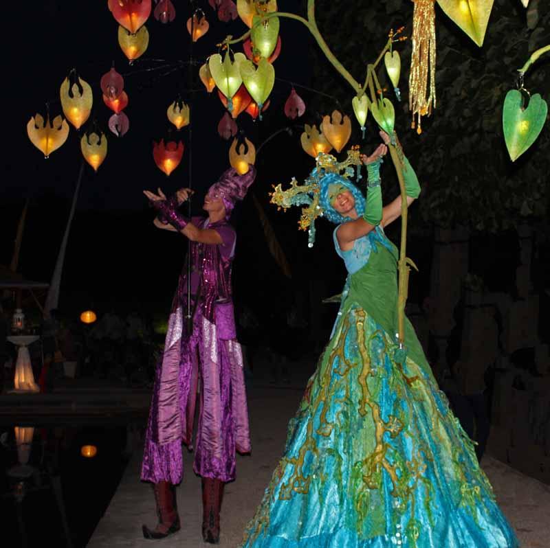 Stelzenläufer für Hochzeitsfest, Lichterfest, Kleines Fest im großen Garten Hannover