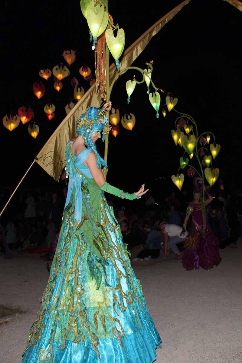 Wasserfee mit Lichterbaum, Kleines Fest im großen Garten Hannover, Sommernacht