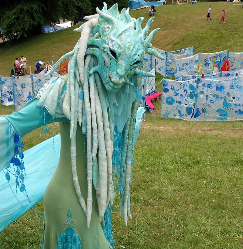 Wasserfrau Pantao, Kiel Spiellinie, Wasser Walking Act, Maskentanz.
