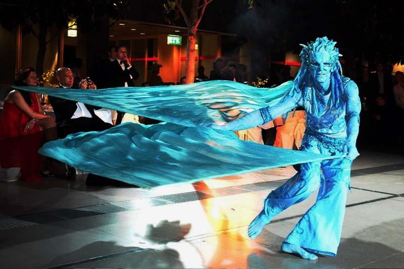 Wassermann Pantao, Gala, Wasser - Choreographie, Fahnentanz